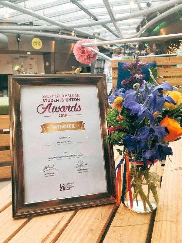 Vietnamese Society - outstanding contribution award 2018